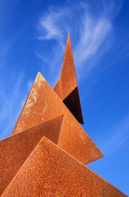 ejemplos de volumen de un prisma triangular