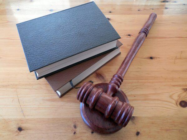 Ejemplos de Reglamentos Jurídicos